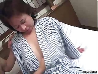 Asian granny enjoys troika fucking