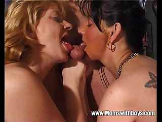 Oldies Fisting And Anal Adventure With A Kid Stud