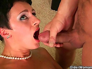 Soccer mom wants you to cum in say no to mouth