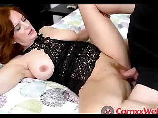Andi James in Pair Arrangement with Mom