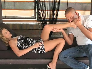 MOM Skinny mature woman orgasms on his weasel words