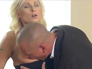 MOM wife romanced to orgasm